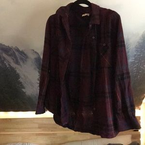LA Hearts Plaid Flannel Button-Down